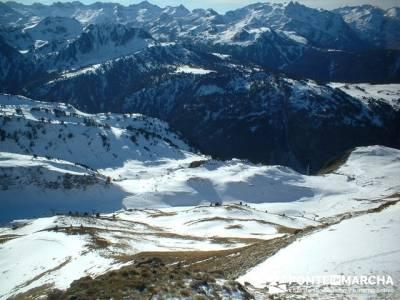 Esquí Baqueira; la casa del bosque; ruta de senderismo